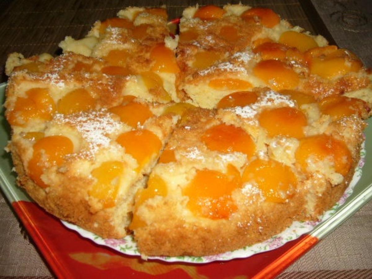 Пирог с абрикосами быстро с