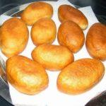 Пышные пирожки по маминому рецепту
