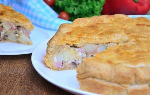 Тарт с картофелем ветчиной и грибами