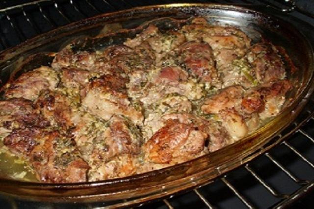 Мясо по-грузински — теперь это мой любимый рецепт! Уходит на ура. Уверяю - будете готовить только так.