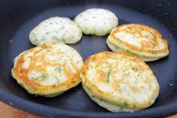 Вкуснота из творога готовлю три дня подряд - важный секрет пышных оладий